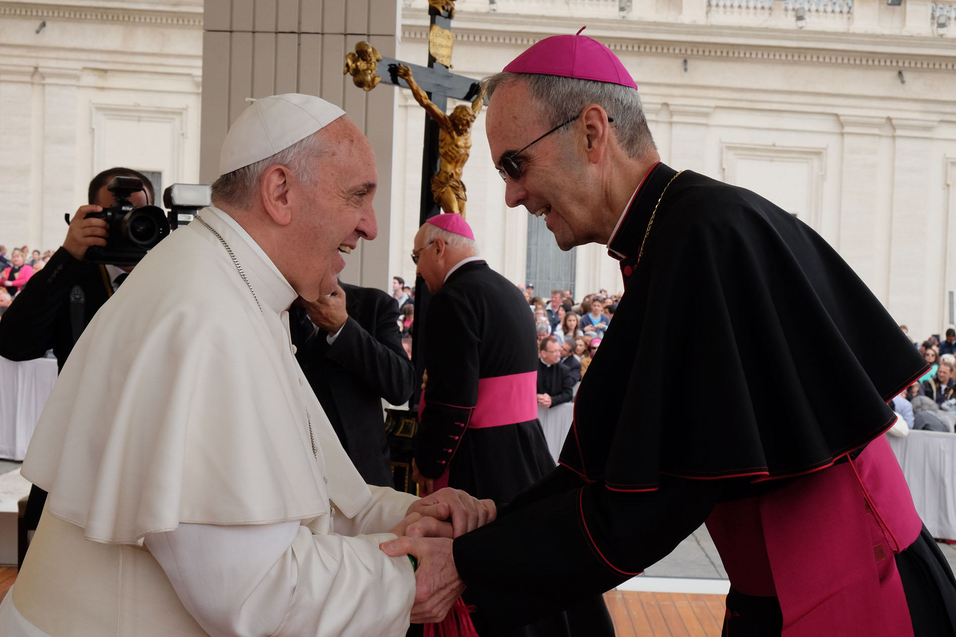 Pope Francis greets Bishop Paul Sanchez