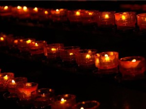 novemember-remembrances-votives2