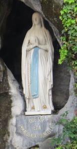 """""""Que soy era immaculada councepciou""""   (I am the Immaculate Conception)"""
